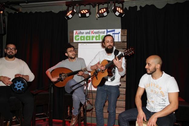 Weltmusik mit der Safar-Band eröffnete das Kulturgespräch im Medusa.