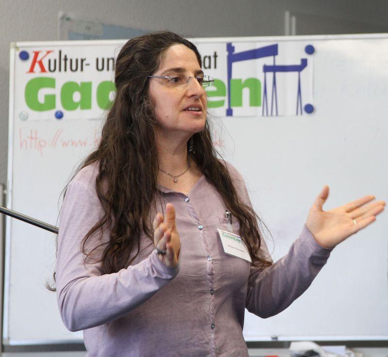 Reyhan Kuyumcu, im Vorstand der Türkischen Gemeinde und auch im Kultur- und Kreativrat Gaarden aktiv, war maßgeblich an der Organisation der Gesprächsrunde beteiligt.